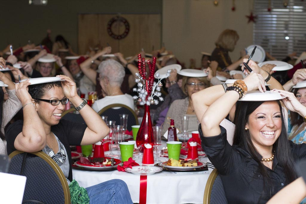 Fun Dinner Party Ideas Adults Part - 15: Adults Christmas Party Games