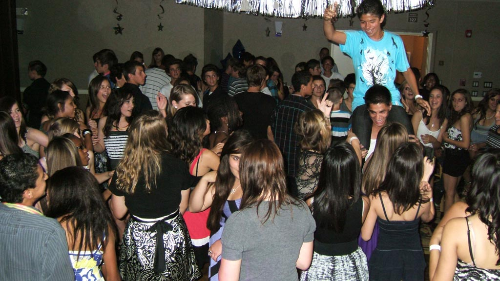 Best Graduation Party Games
