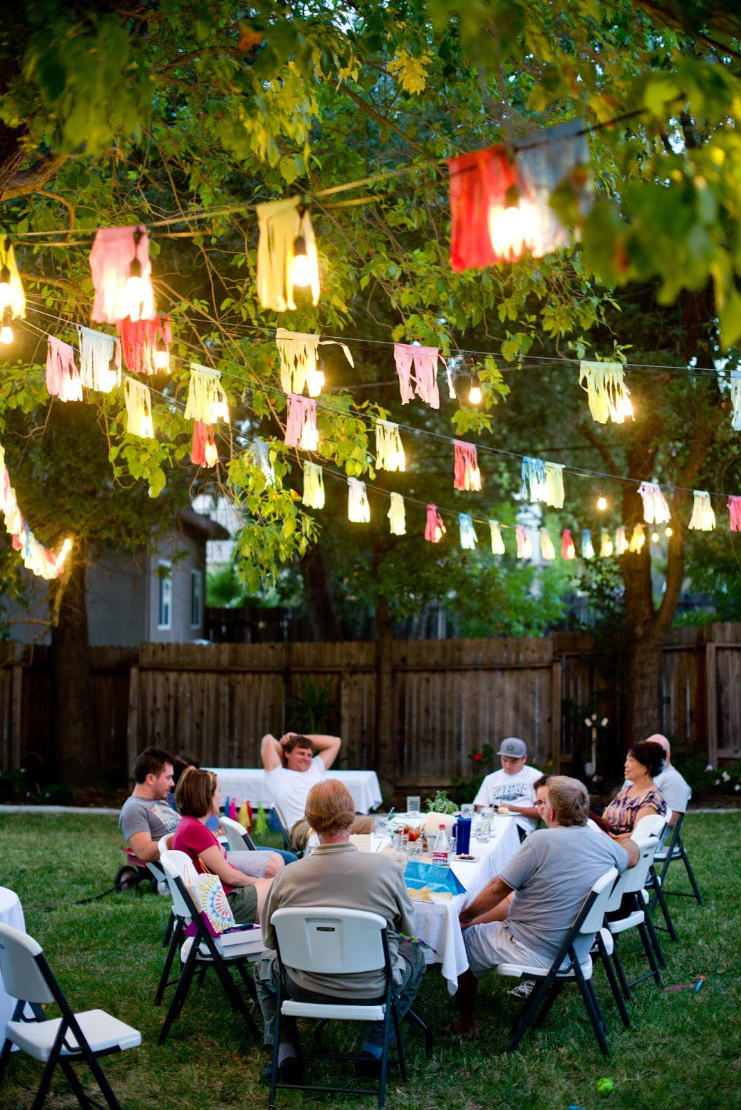 Some creative outdoor party games home party ideas for Adult birthday decoration