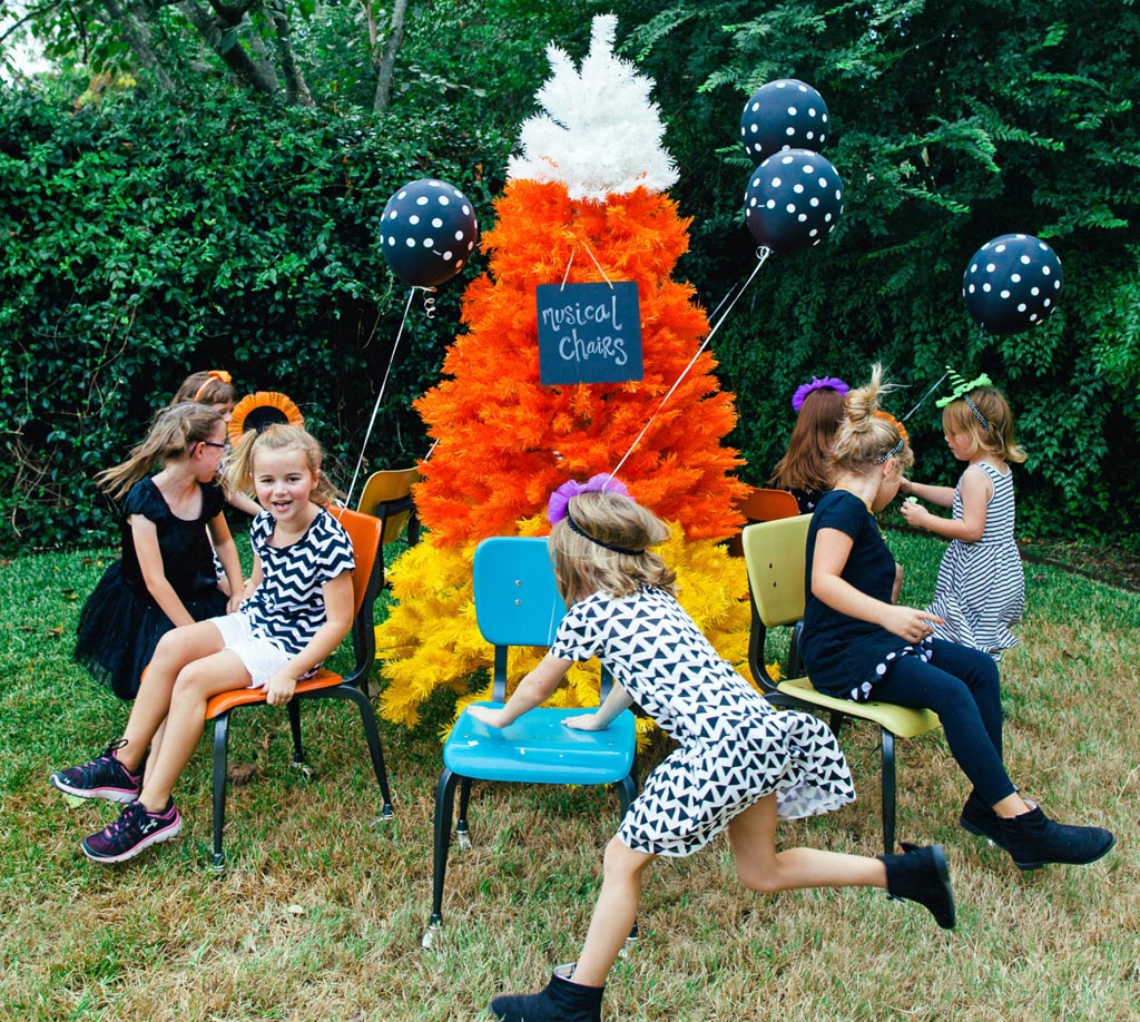 Cool party games your friends will remember for a long for How to have a great halloween party