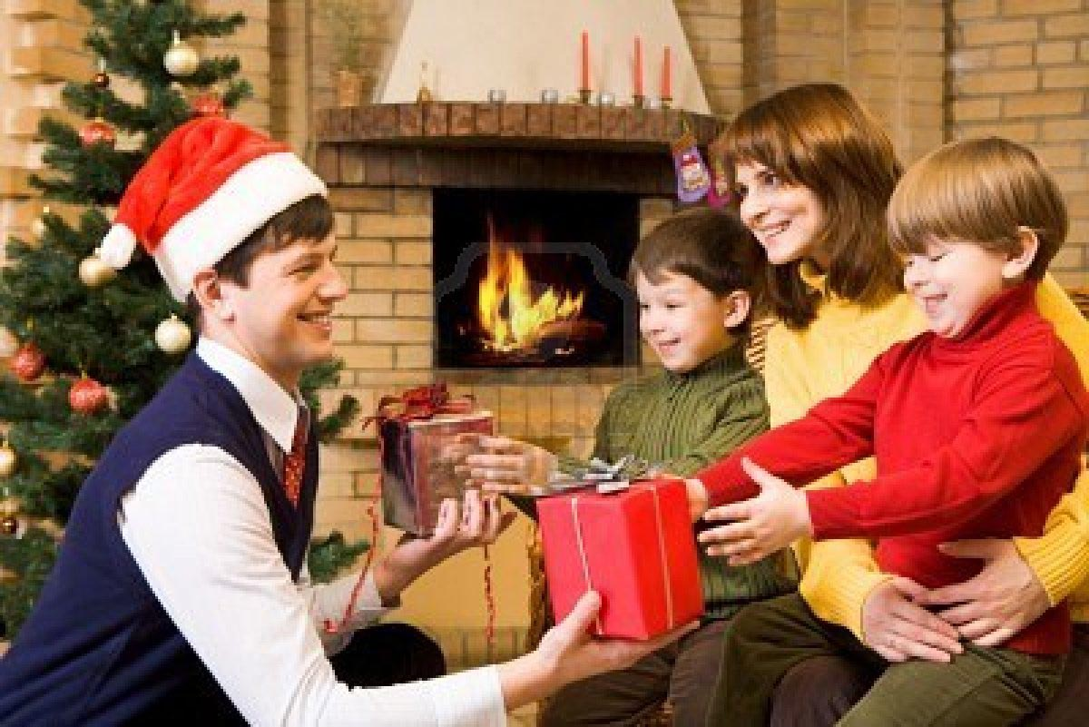 Family christmas games party home ideas