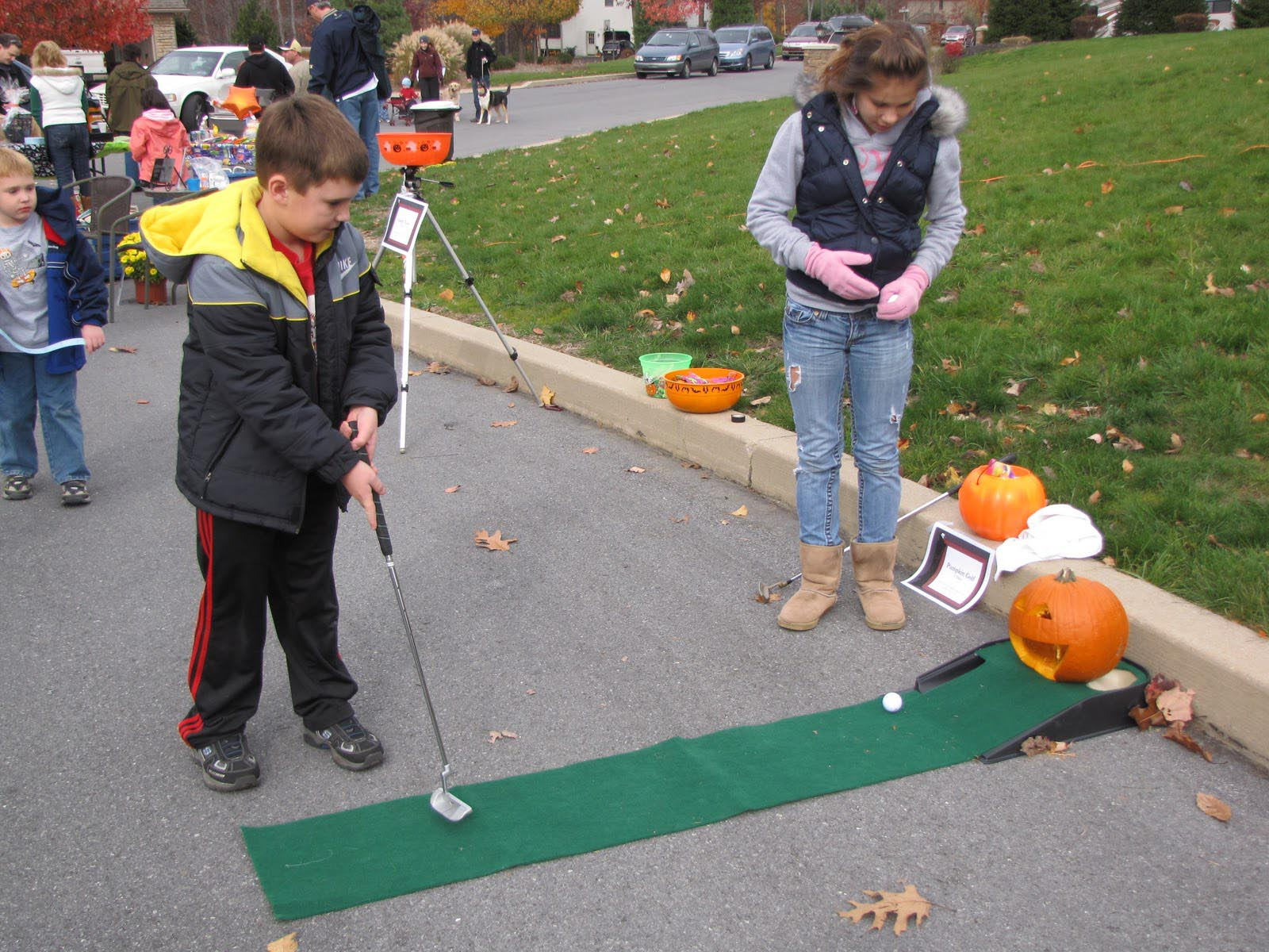 outdoor halloween party games - Outdoor Halloween Party
