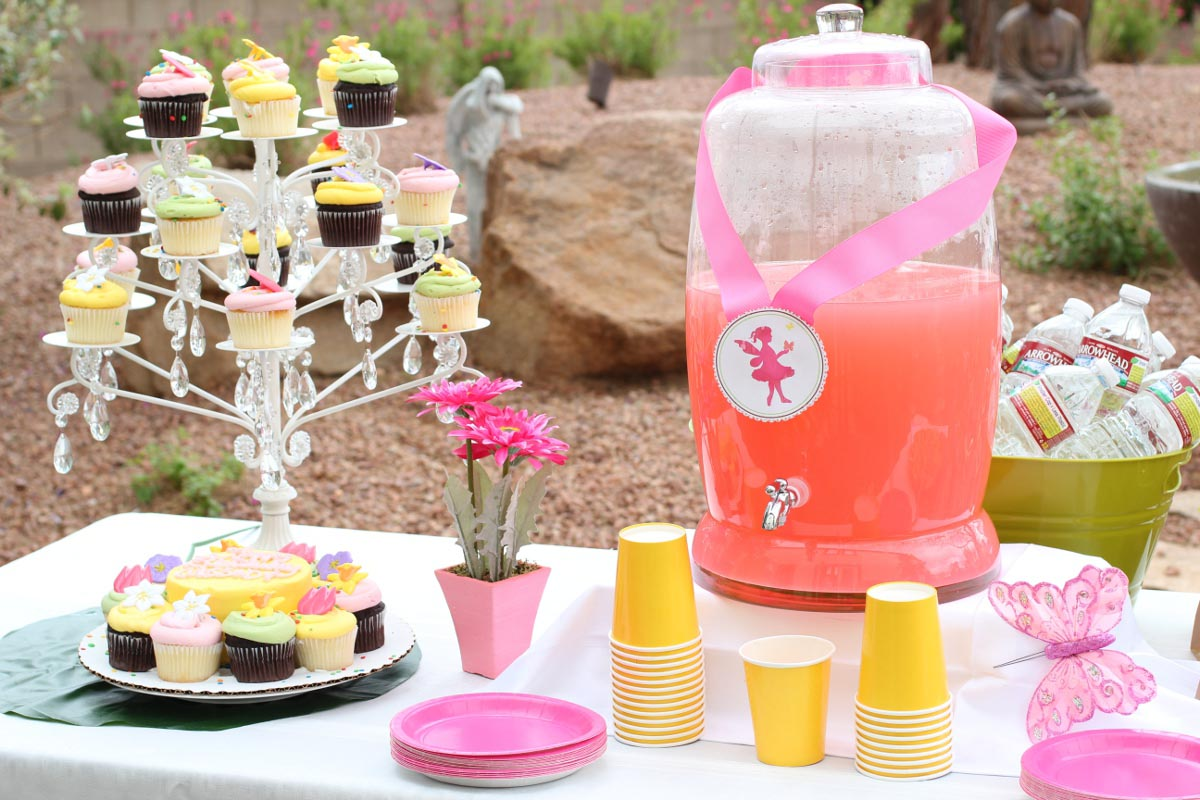 Fairy garden birthday party ideas home party ideas for Home party decorations ideas