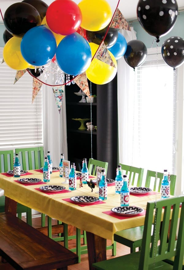 Superhero Themed Birthday Party Decorations