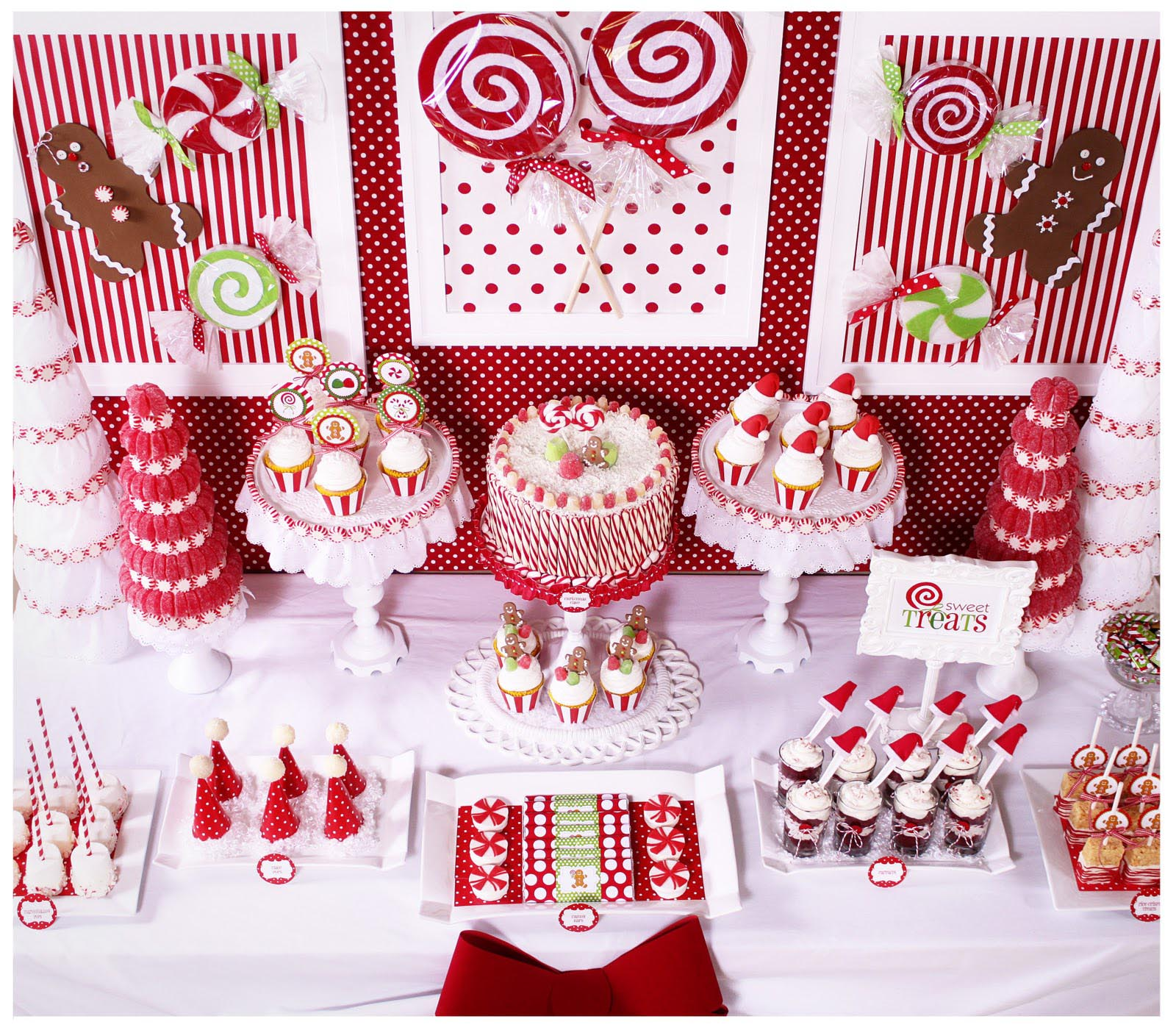 fun-christmas-party-themes-for-adults