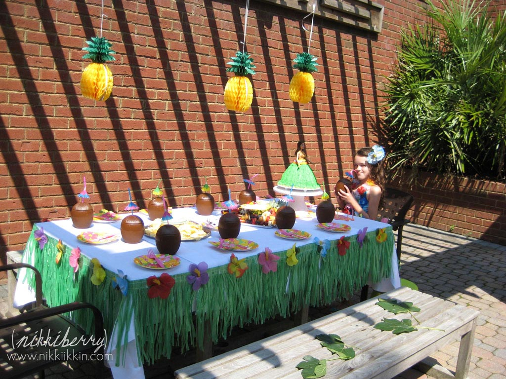 Hawaiian Birthday Party Decorations